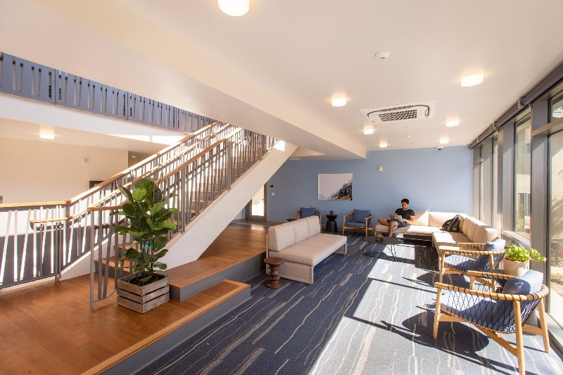 GLC-Lounge2