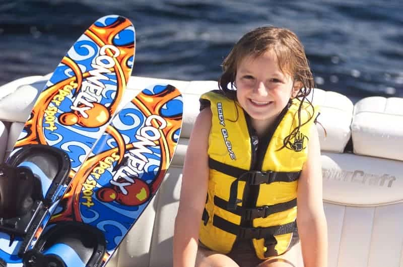 Aquatics-Boating-Waterski-Girl