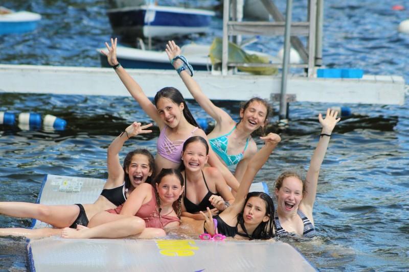Aquatics-Free-Swim-Splash-Mat-Girls
